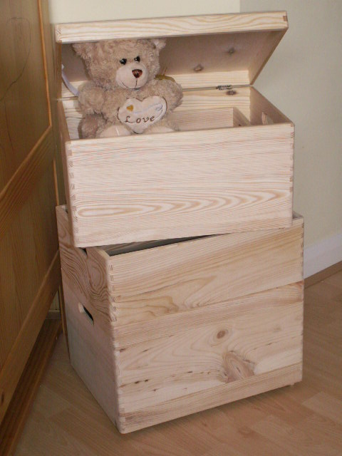How To Make A Large Wooden Toy Box, 2015… | Wood Project and DIY